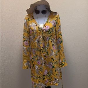 Adorable Yellow Dress W/ Pockets & Birds